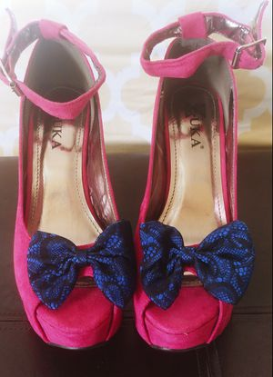 Gorgeous Hot Pink Wedges 7.5 for Sale in Kissimmee, FL