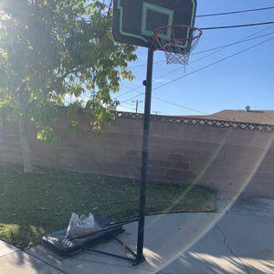 Lifetime Basketball Hoop Court for Sale in Lakewood, CA
