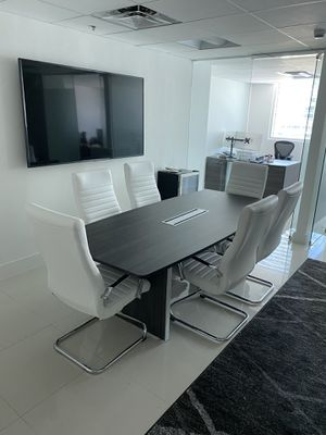 Office Furniture - Conference Table & Chairs for Sale in Miami, FL