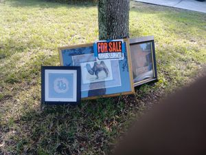 Board with pictures for Sale in Davenport, FL