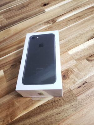 Brand new iPhone 7 32gb T-MOBILE . Brand new sealed . Works on metro pcs , simple mobile , family mobile .....and more for Sale in St. Louis, MO