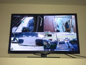 "flat screen tv 32"" for Sale in Reading, PA"