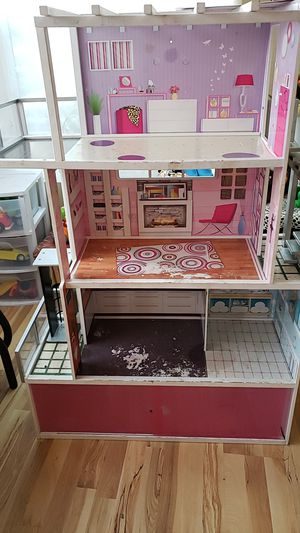 Doll house for Sale in Lodi, CA