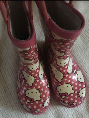 Girls hello kitty rain boots. Size 9/10c. Minor fading, otherwise in good condition for Sale in Rancho Cucamonga, CA