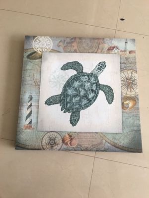 Wall decor for Sale in Fort Lauderdale, FL