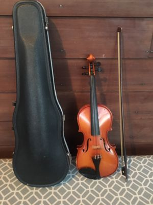 Violin with Bow and Case for Sale in Ellicott City, MD