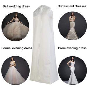 Dress Bag/ Bolsas Para Vestidos De Novia for Sale in North Las Vegas, NV