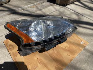 Passenger Side Headlight for 2013-2015 Nissan Sentra $35.00 takes it. for Sale in Tucson, AZ