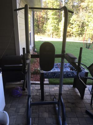 Golds Gym 10.9 Power Tower for Sale in Raleigh, NC