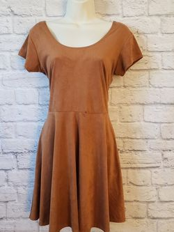 Derek Heart Faux Suede Fit And Flare Short Sleeve Dress Size Large for Sale in North Las Vegas,  NV