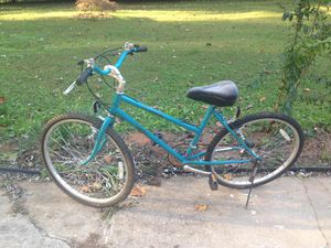 """24"""" bike used for sale must pick up in Kennesaw off wade green road please serious buyers only for Sale in Kennesaw, GA"""