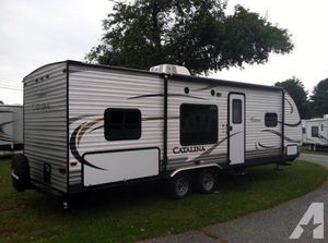NICE 2014 Coachman Catalina 273BH camper Trailer for Sale in Gambrills, MD
