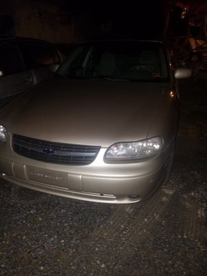 2003 Chevy malibu new alternator new fuel pump needs lifters for Sale in Martinsburg, WV