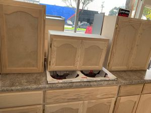 7ft kitchen cabinets for Sale in Claremont, CA