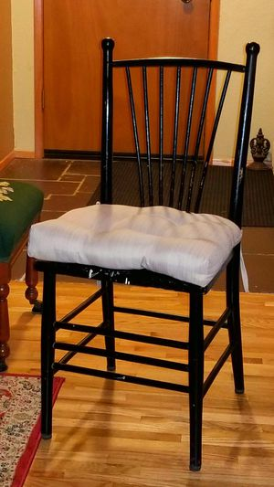 Antique Dining Room Table +4 Chairs & Cushions for Sale in Seattle, WA