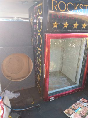 Rockstar mini fridge,works great.needs cleaning and I m about to do that,but it works great.and 12 inch speaker for Sale in Arlington, TX