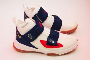 Lebron Soldier 13 LA Sneakers NIKE for Sale in Santa Ana, CA