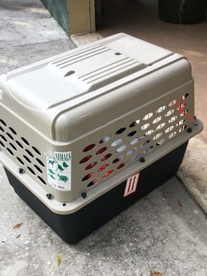 Pet travel crate dog, cat, any medium/small animal for Sale in Tampa, FL