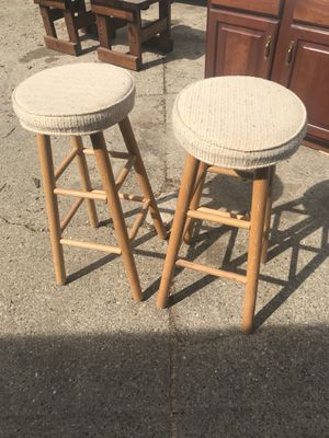 2 cushioned bar stools for Sale in Marengo, OH