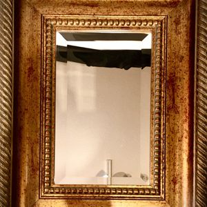 Elegant framed accent wall mirror H17/11xW13/6xD2.5 inch Lbs 3.7 for Sale in Chandler, AZ