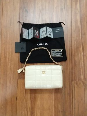 Authentic Chanel CC chocolate bar bag for Sale in San Jose, CA