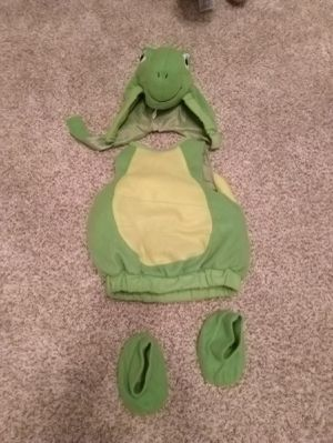 Halloween costume turtle baby size 3-6 months for Sale in St. Louis, MO