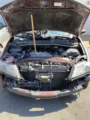 ACURA MDX 2007-2013 (PARTS ONLY) NO RIMS OR WHEELS. for Sale in Paterson, NJ