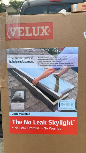 NEW 6 Skylights and 5 Flashing Kit for Sale in Montebello, CA