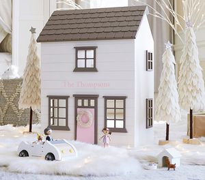 Pottery barn kids Westport Dollhouse with accessories for Sale in San Francisco, CA