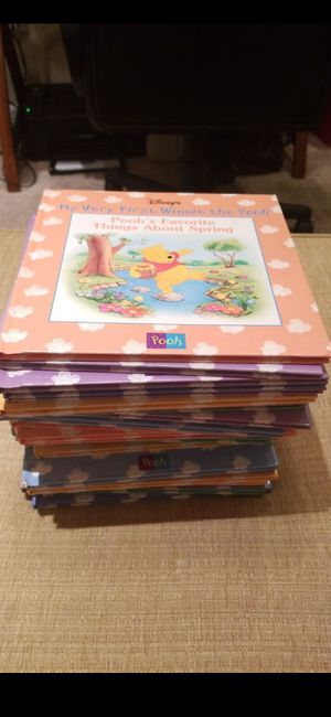 $20 FIRM!!LIGHT USED (27) DISNEY WINNIE THE POOH BOOKS for Sale in Delray Beach, FL