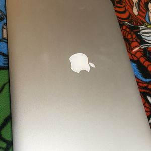 Mac Book Air 13 Inch for Sale in Rancho Cucamonga, CA