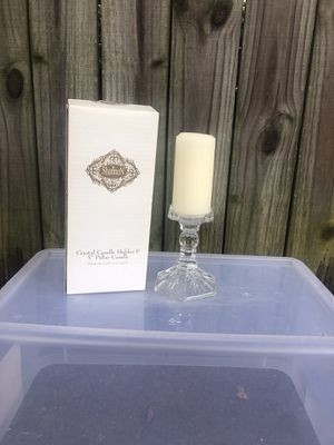 Shannon lead crystal holder & 5 in pillar candle for Sale in Norfolk, VA
