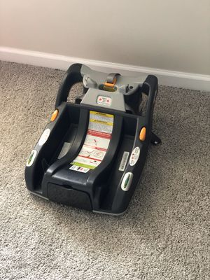 Chicco KeyFit 30 and KeyFit Infant Car Seat Base - Anthracite for Sale in Suwanee, GA