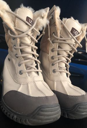 Ugg snow boots for Sale for sale  New Rochelle, NY