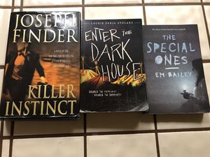 Books 📚 $6 for all of them for Sale in Bakersfield, CA