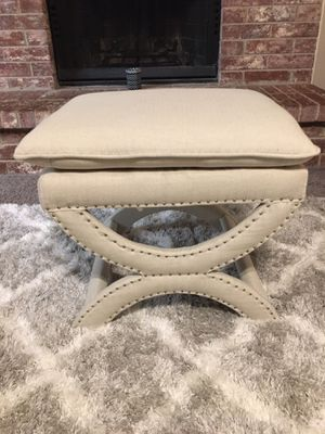 BRAND NEW OUT OF THE BOX, NEVER USED Accent Stool ((READ DESCRIPTION BELOW)) for Sale in Grand Prairie, TX