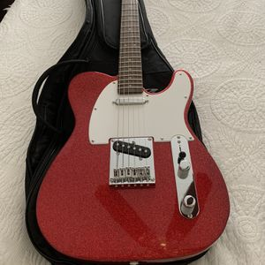Guitar Squier for Sale in Port St. Lucie, FL