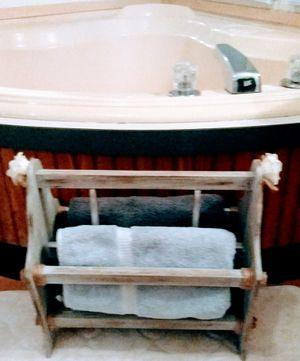 Refurbished towel rack for Sale in Los Lunas, NM