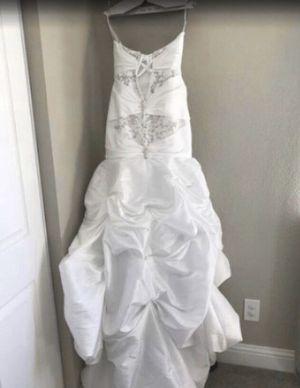 Mermaid style wedding dress for Sale in Oakley, CA