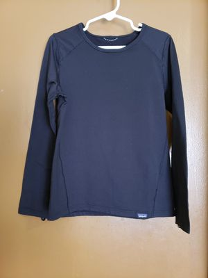 Girls Patagonia Black Long Sleeve Size: 7/8, stretchy has thumb holes for Sale in El Paso, TX