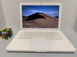 Fully Loaded Macbook Laptop (Adobe CS6, ms office , virtual DJ etc... ) for Sale in Tampa, FL