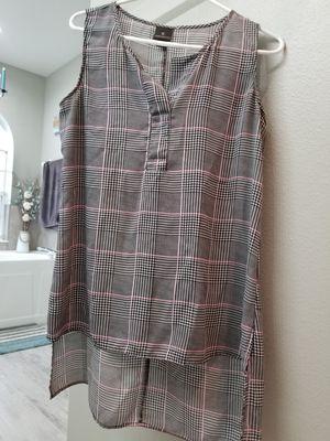 Medium ladies tunic shirts for Sale in Ocoee, FL