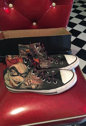 Nearly New Harley Quinn Converse for Sale in Creedmoor, TX
