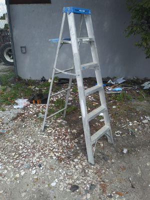 Werner 6' aluminum ladder for Sale in Miami, FL
