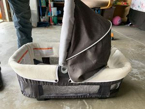 Baby carrier basket for Sale in Perris, CA
