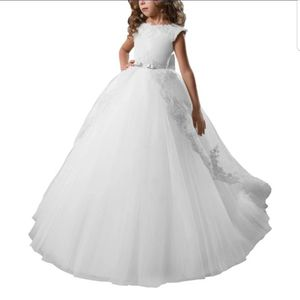 White Puffy Flower girl Dress Fits 5 and 6 Years old Princess for Sale in Kissimmee, FL