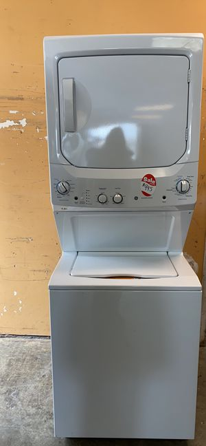 "27"" NEW STACKUNIT WASHER AND DRYER for Sale in Fort Belvoir, VA"