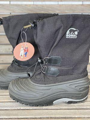 Sorel boots size 7 for Sale in Arlington, WA