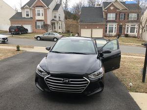 Hyundai Elantra best in gas. for Sale in West Springfield, VA