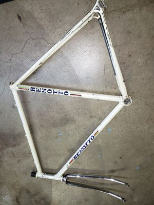Benotto 56cm bike frame for Sale in Monterey Park, CA